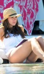 jennifer_love_hewitt_pool2_lg
