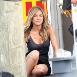 jennifer+aniston+bounty+hunter+oops+culotte (8)[2]